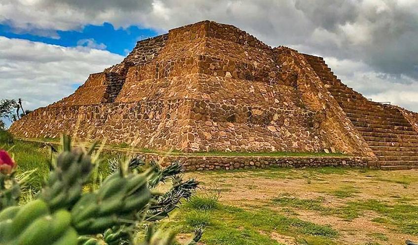 Zona Arqueológico Pañhú