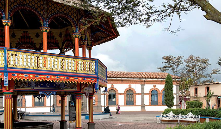 Plaza de la Constitucion (Main Square)