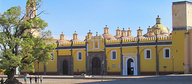 Convent of San Gabriel and the Royal Chapel